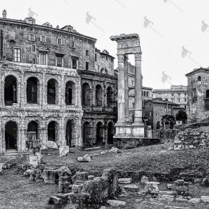 Teatro Marcello and the ruins on the meadow facing the synagogue. One of the most fascinating views of the ancient Rome and the Roman Forum.